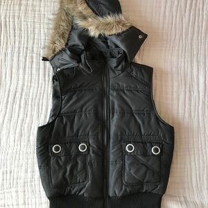 Like new puffer vest with fur hood